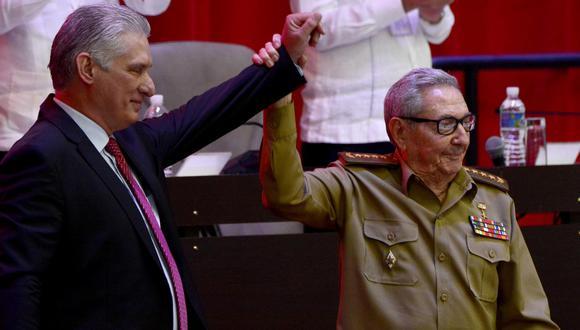 """delfín. Miguel Díaz-Canel se convierte en el primer secretario del Partido Comunista de Cuba, pero consultará las """"decisiones estratégicas"""" con Raúl Castro. (Reuters)"""