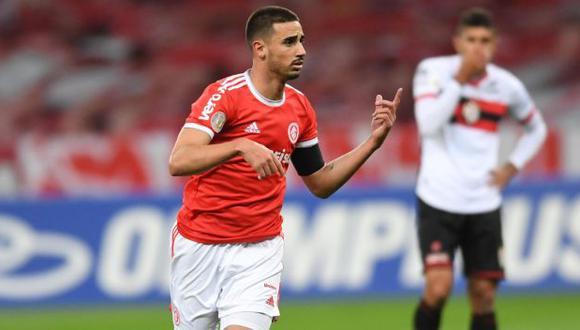 Thiago Galhardo anotó un doblete en la goleada sobre Atlético Goianiense. (Foto: SC Internacional)