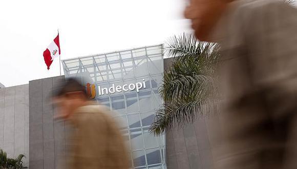 Especialistas del Indecopi capacitaron a 1,736 personas entre funcionarios, empresarios y ciudadanos sobre la eliminación de barreras burocráticas. (Foto: GEC)<br>