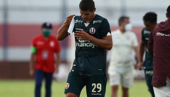 Aldo Corzo fue separado del plantel de Universitario luego de ser captado infringiendo la burbuja sanitaria. (Foto: Liga 1)