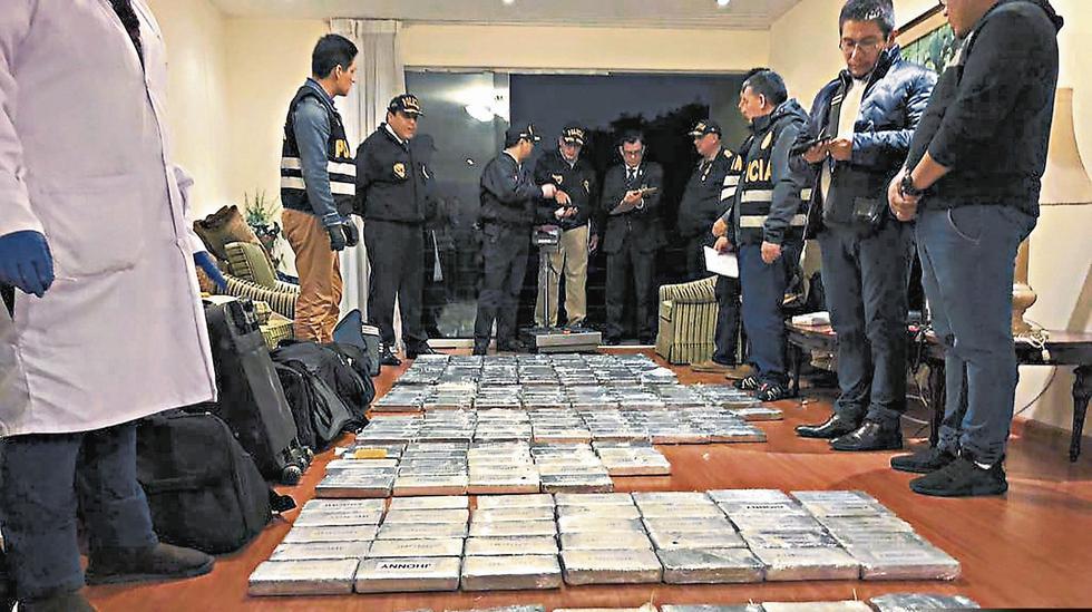 Gran parte de la cocaína fue hallada en un departamento situado en el cuarto piso del condominio de la Av. Salaverry 2848.