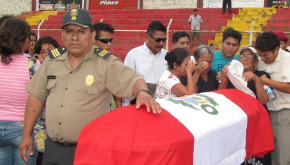 Los familiares de los policías abatidos demandaron una rápida investigación para capturar a los asesinos. (Perú21)