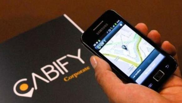 El conductor, que trabaja en Cabify desde hace más de año y medio, reportó el caso luego de encontrar el maletín hace unos días. | Foto: Archivo