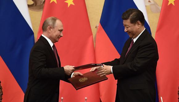 El encuentro entre los jefes de Estado ruso y chino tiene previsto la firma de una serie de documentos, ante todo de carácter económico. (Foto: AFP)