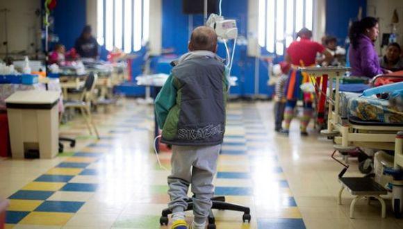 La norma busca favorecer a los menores que sufren esta enfermedad. (Foto: Minsa)