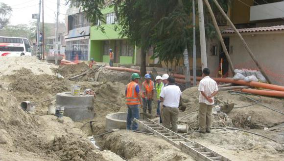 A PASO LENTO. Ministerio de Construcción y Saneamiento registra bajo avance. (Perú21)