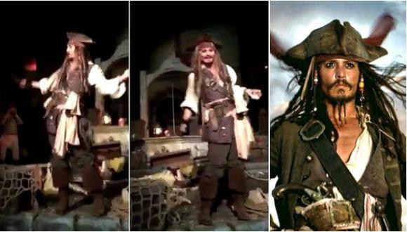 Johnny Depp apareció en Disneyland como 'Jack Sparrow' (Foto: Video / Disney)