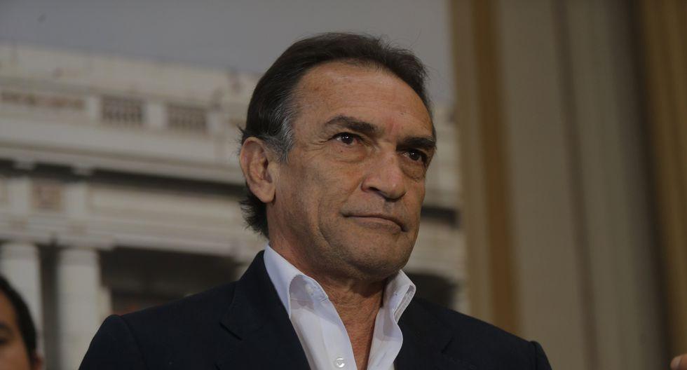 """""""Creo que el Perú necesita reconciliación, necesita paz y yo creo que es muy bueno ese mensaje que ha dado Kenji"""", señaló Héctor Becerril. (Perú21)"""