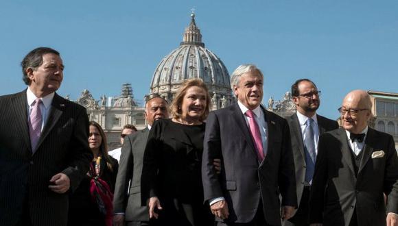 """Piñera explicó en declaraciones a los medios que con el papa argentino se afrontó la """"situación difícil que vive la Iglesia"""" en el país. (Foto: EFE)"""