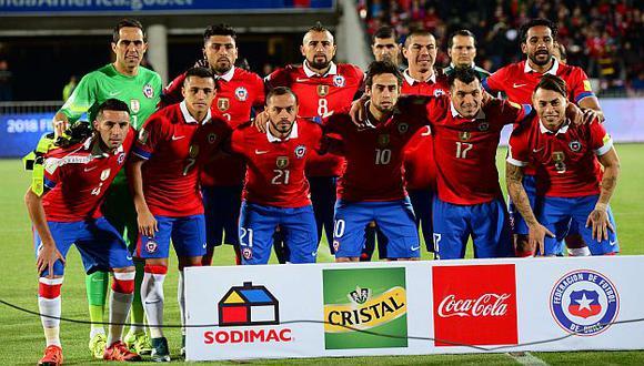 Personal de la FIFA aplicó control de dopaje a jugadores chilenos. (AFP)