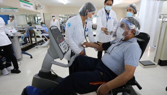 El reinicio de los procedimientos presenciales en el hospital Rebagliati se realizan cumpliendo los protocolos de bioseguridad para evitar contagios de COVID-19. (Foto: EsSalud)