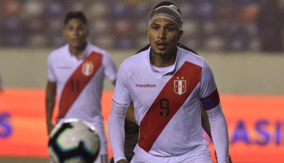 Paolo Guerrero volvió a la selección peruana y jugó todo el segundo tiempo. (Foto: AFP)