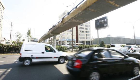 RIESGO. Muchos son atropellados por cruzar temerariamente. (USI)
