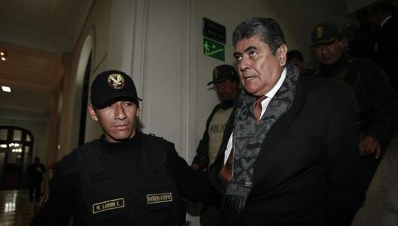 Ponce clama inocencia y embarra al partido de la estrella y a su actual secretario general. (César Fajardo)
