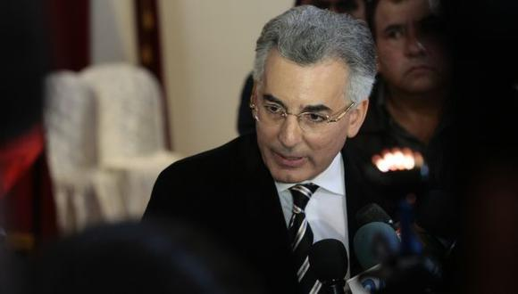 Vargas Llosa dice que ministros cumplían orden del gobierno. (Rafael Cornejo)