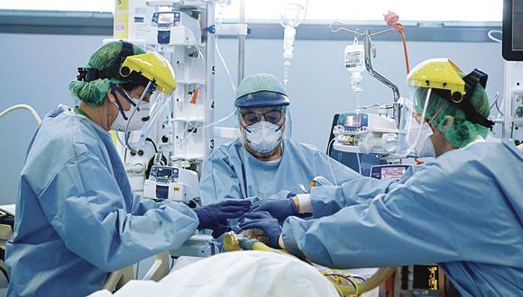 Conozca detalles en torno al nuevo reporte sobre el avance del coronavirus en Lima y regiones del Perú. (Foto: AFP)