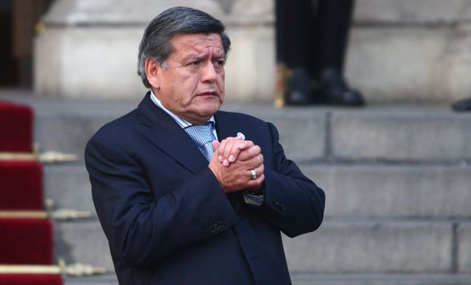 Acuña, quien fue acusado de agredir físicamente a Rosa Núñez, prefiere no declarar. (Rafael Cornejo)