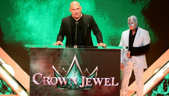 Caín Velásquez peleará con Brosk Lesnar en la WWE. (Foto: @wweespanol)