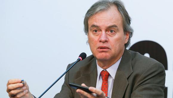 Exministro del Interior, Carlos Basombrio, pone el dedo en la llaga.