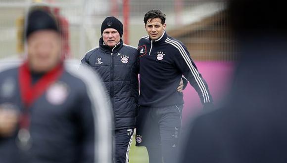 Heynckes y Pizarro en la práctica del Bayern. (Reuters)