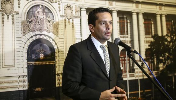 """Torres dijo no tener problemas con que Martín Vizcarra se suba al carro"""" de las reformas que """"el Congreso venía trabajando"""".(Foto: Andina)"""