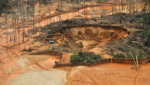 ALERTAS. ¿Minería ilegal tendría nuevo trato?, se pregunta AFIN. (EFE)
