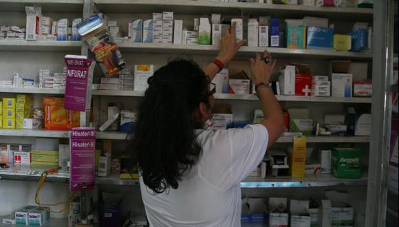 EN LA MIRA. Ley solo beneficiaría a un grupo de empresas y podría encarecer tratamientos de cáncer e infecciones. (Rochi León)