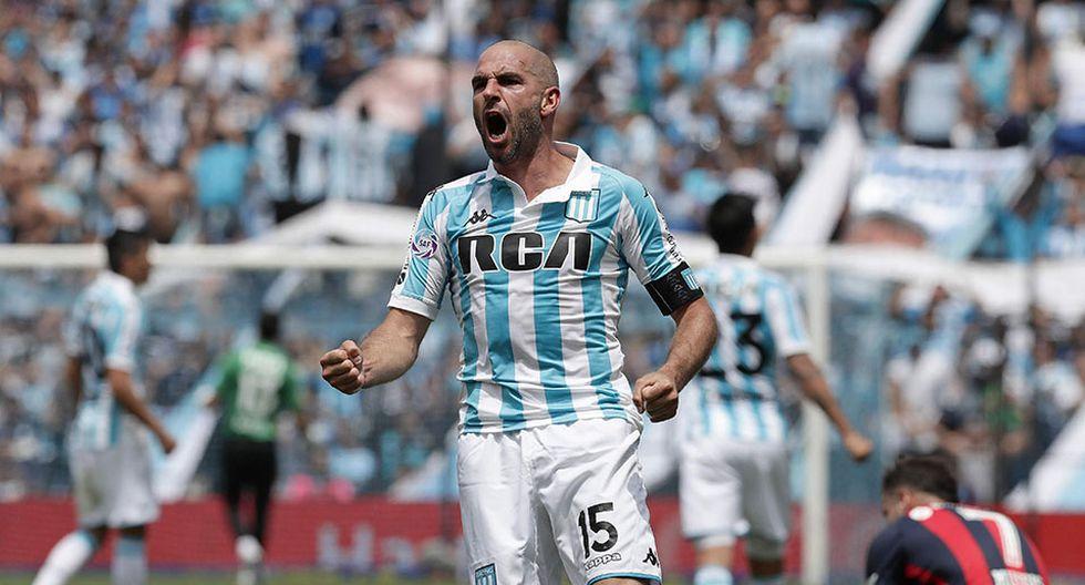 El líder Racing Club recibe este domingo a Newell's Old Boys por la Superliga Argentina. (Foto: AFP)