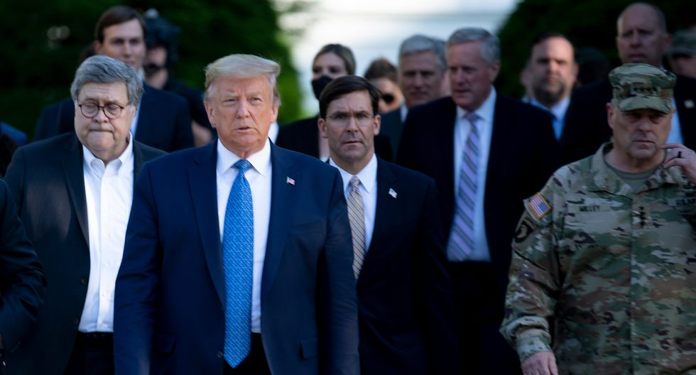 Donald Trump presume manejo de protestas en Washington DC como ejemplo. (Photo by Brendan Smialowski / AFP).