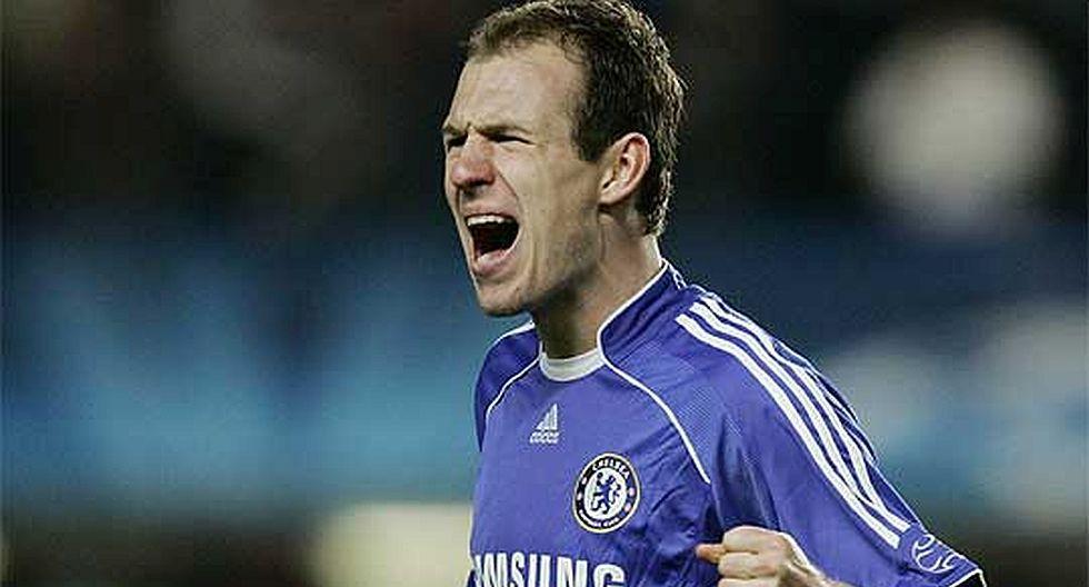12.- Arjen Robben (Chelsea), en 38.8 millones de dólares. (Foto: Agencias)