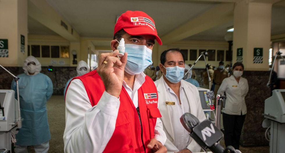 El ministro del Interior, Gastón Rodríguez, entregó 14 ventiladores mecánicos para la atención de policías en estado grave por el COVID-19. (Ministerio del Interior)