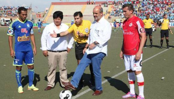HOY SERÁN RIVALES. Oviedo y Cúneo lucharán palmo a palmo para reemplazar a Manuel Burga. (Facebook Juan Aurich)