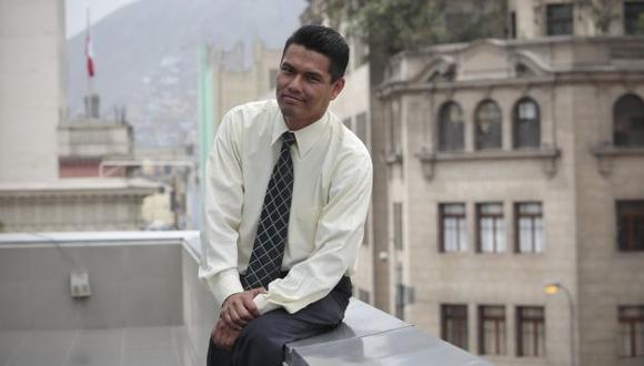 Juan Jesús Villamonte. Aunque sufrió la discriminación de ser sordo en el Perú, superó las dificultades. (Nancy Dueñas)