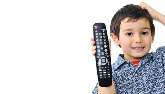 """""""Lo ideal es que las horas frente al televisor se reemplacen con actividades que estimulen el desarrollo de los niños"""". Viviana Raymundo, psicoterapeuta."""