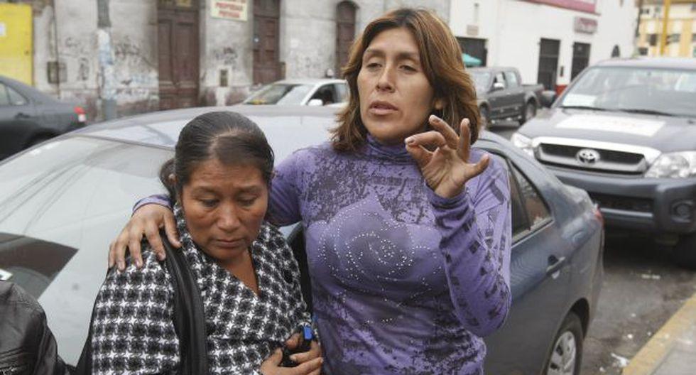 Parientes del joven desaparecido piden ayuda a las autoridades. (Mario Zapata/Peru21)