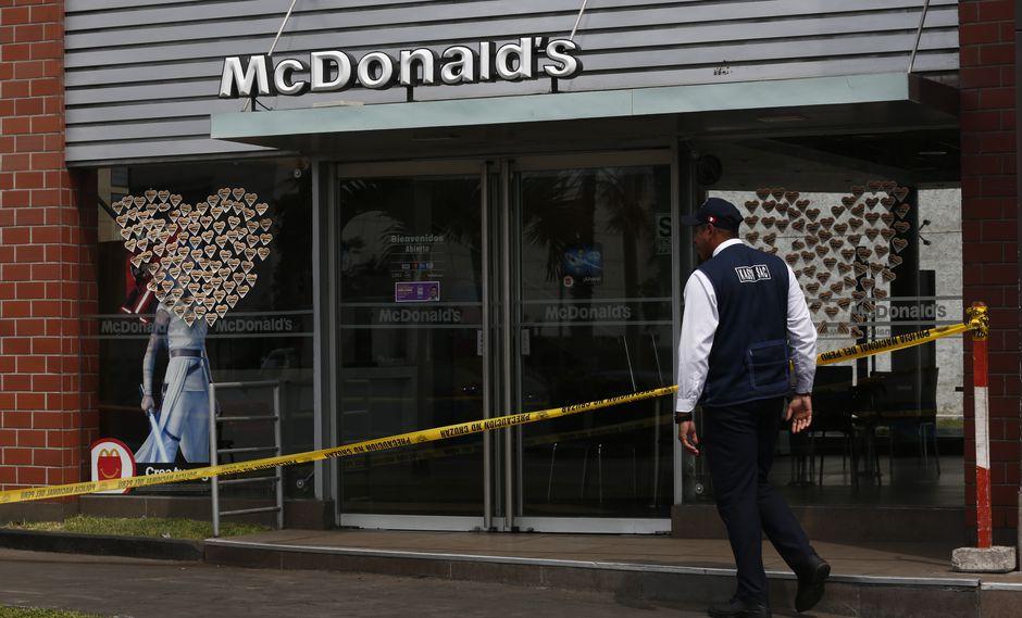 McDonald's reabre parcialmente sus locales nueve días después de la muerte de dos trabajadores. (GEC)