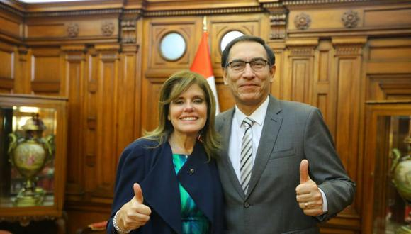 Primer vicepresidente Martín Vizcarra junto a la segunda vicepresidenta Mercedes Aráoz. (Presidencia)