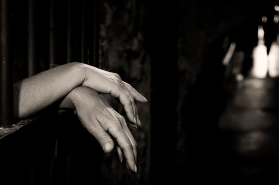 Chiclayo: Condenan a cadena perpetua a sujeto que violó sexualmente a su hija de 12 años (Getty/referencial)