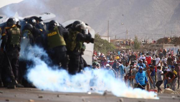"""Acción Popular cuestionó que el Poder Ejecutivo utilice """"a la Policía Nacional del Perú sin ningún criterio técnico ni táctico"""". (Foto: Hugo Curotto/GEC)."""