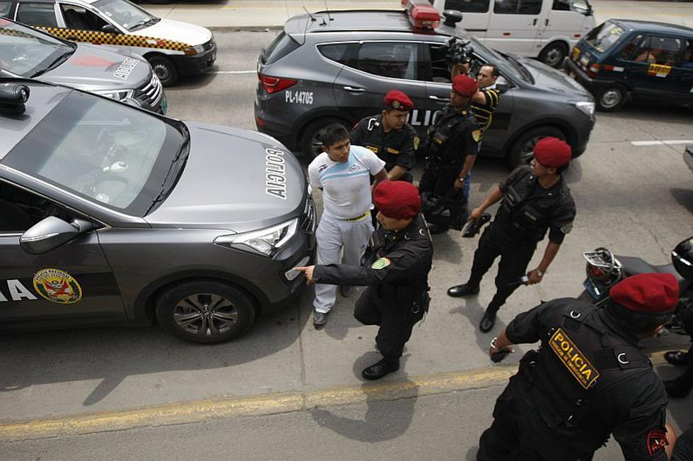 La Victoria: Falsa alarma de asalto a cambista desata feroz persecución. (Mario Zapata)