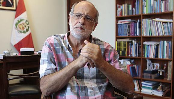 Daniel Abugattás reveló que intentaron extorsionarlo con audios de ejecuciones extradjudiciales. (Roberto Cáceres)