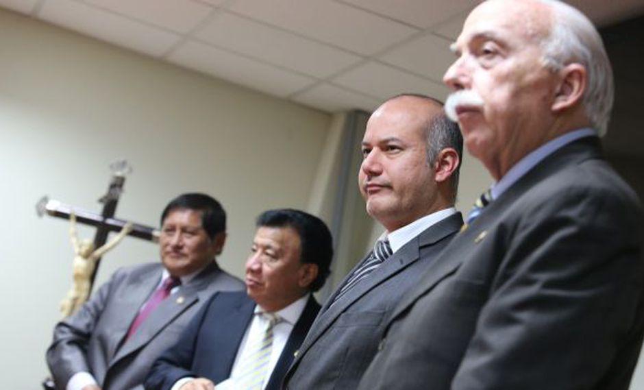 UN OJO DE LA CARA. En 22 meses, el grupo de Tejada no ha entregado un solo informe final al Pleno. (Martín Pauca)