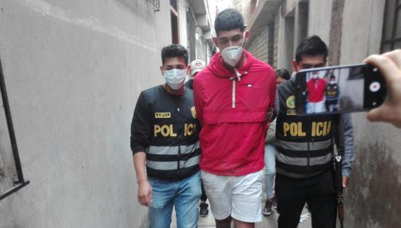 Junior Sifuentes al momento de su captura en Surquillo. (PNP)