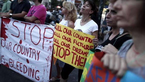Ciudadanos protestan desde hace tres días. (AP)