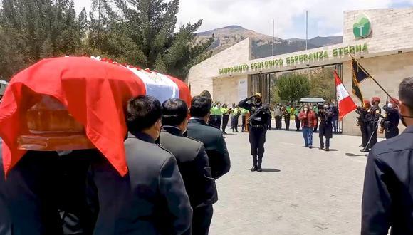 Huancayo: Policía asesinado en comisaría fue despedido con honores en emotiva ceremonia (Foto: Wanka Police)