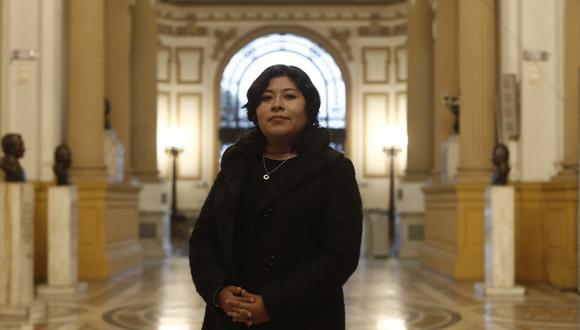 Betssy Chávez.