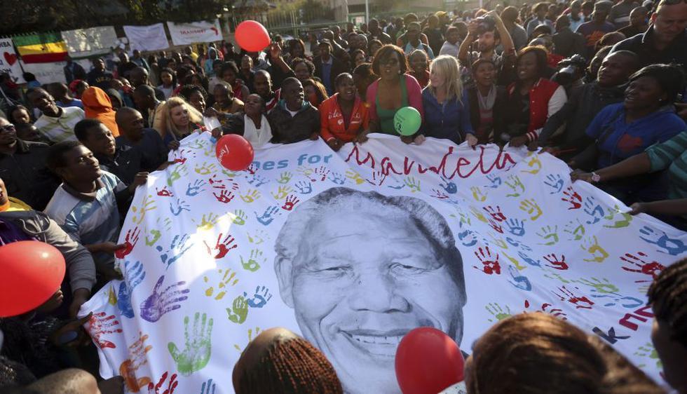 'Continúa respondiendo positivamente al tratamiento', dijo Jacob Zuma tras visitarlo. (Reuters)