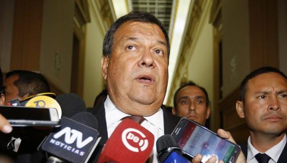 El ex ministro Jorge Nieto opinó que el viaje de Martín Vizcarra a Europa le causará daño a su popularidad. (Foto: GEC)