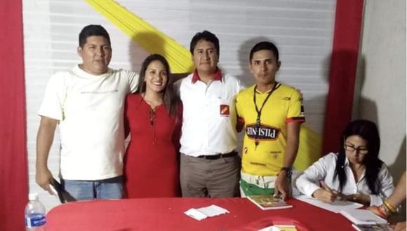 Natalia Jiménez junto a Vladimir Cerrón. La joven tiene 27 años y se tituló de abogada en 2019.