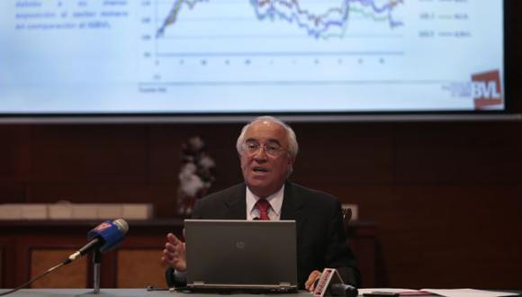 AL CIERRE DE 2012. Roberto Hoyle, presidente de la BVL, estimó que la rentabilidad bursátil fue de 3.7%. (César Fajardo)